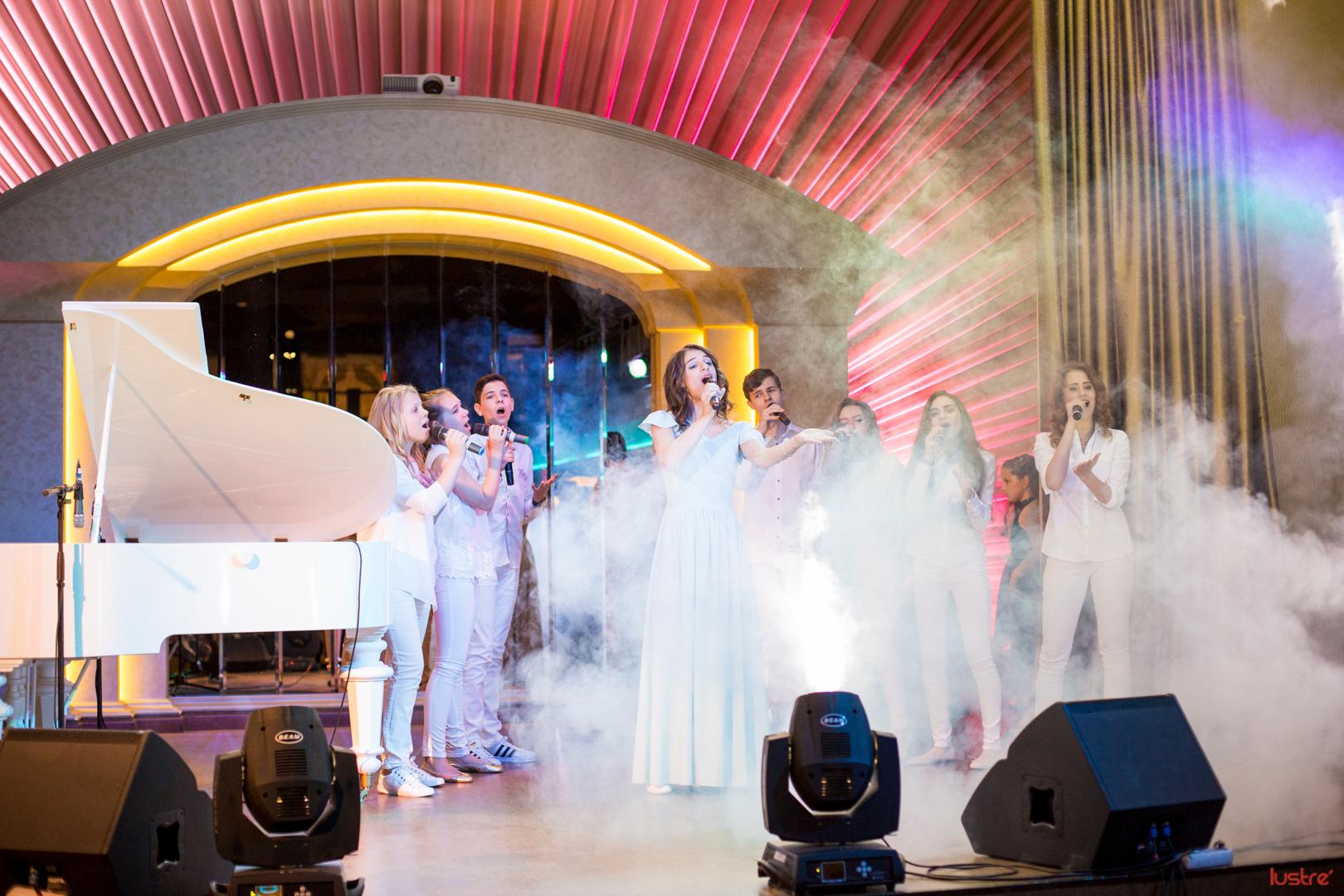 Выпускной вечер воспитанников школы музыки Юлии Писаренко в концерт-холле Ле Гранд